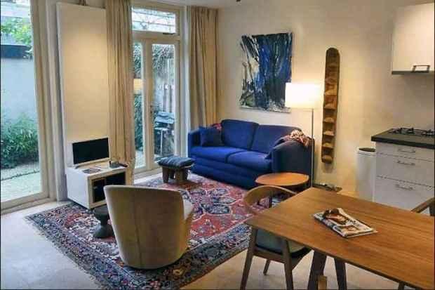 Em Amsterdã, o apartamento alugado pelo casal Roberta e Vítor estava exatamente como foi apresentado no site: compromisso (Airbnb/Reprodução)