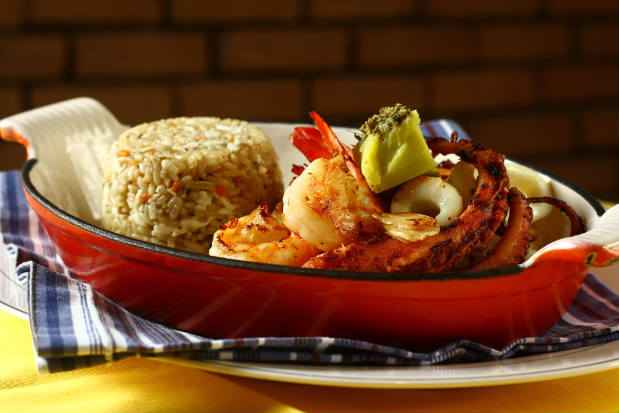 Um dos destaques do cardápio é o prato da Boa Lembrança Mar de Corais do Recife.Fotos: Paulo Paiva/DP/D.A Press.