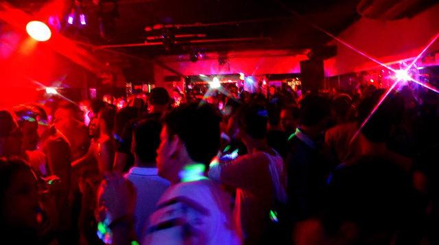 Clube Metrópole, na Boa Vista, promove seis festas durante o carnaval, incluindo o Baile Deles, evento exclusivamente para o público masculino.