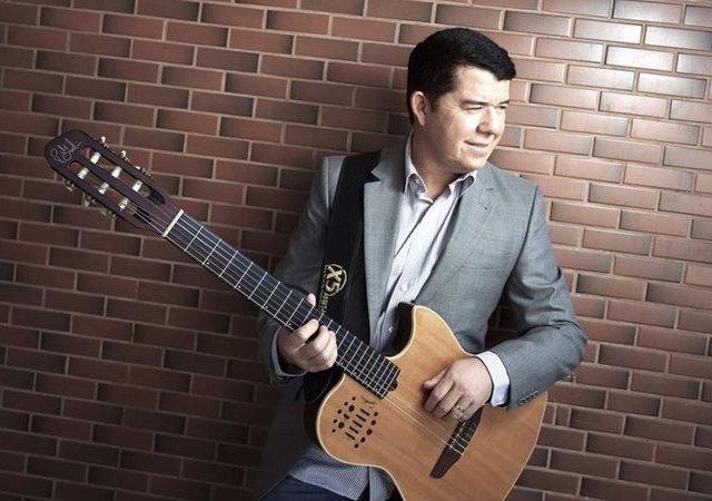 Marquinhos Maraial diz ter mais de mil músicas compostas. Foto: Reprodução/Facebook