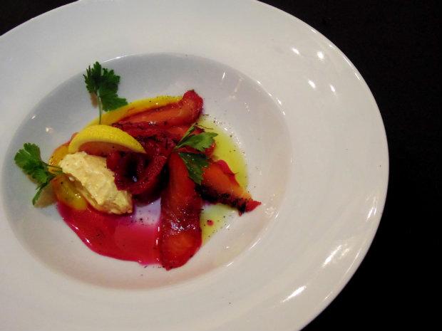 Nas entradas o destaque fica por conta do Gravlax, uma receita da culinária escandinava. Fotos: Dig Assessoria/Divulgação