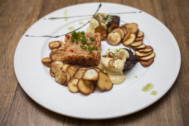 Pratos marcam a volta do chef Robson Lustosa as cozinhas. Fotos: Gustavo Gloria/Divulgacao