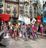Protesto da Chanel por direitos das mulheres, liberdade e paz mundial. Foto: Instagram/Reprodução