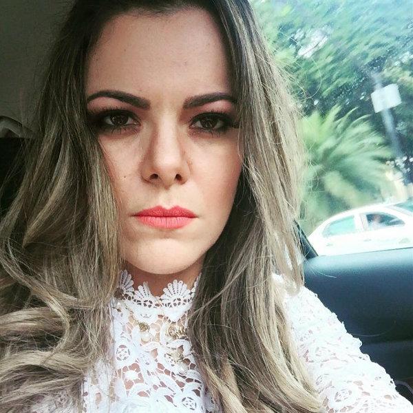 """Valadão critica campanha sem distinção de gênero com as hashtags """"SouFemininaVistoComoMulher"""", """"HomemVesteComoHomem"""", """"UnisexNãoExiste"""" e """"DeusFezHomemEMulher"""". Foto: Reprodução/Facebook"""