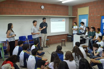 Professores de outras disciplinas participam das explanações. Foto: Arquivo pessoal/Divulgação