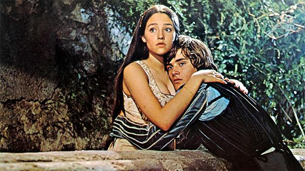 Mais de 400 anos após sua publicação, Romeu e Julieta ainda é referência. Paramount/Divulgação