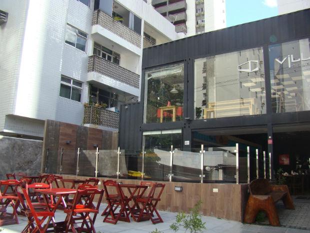 Espaço reúne os restaurantes Wada Temakeria, Kwai Burger e Krepp Comedoria. Foto: Moove/Divulgação