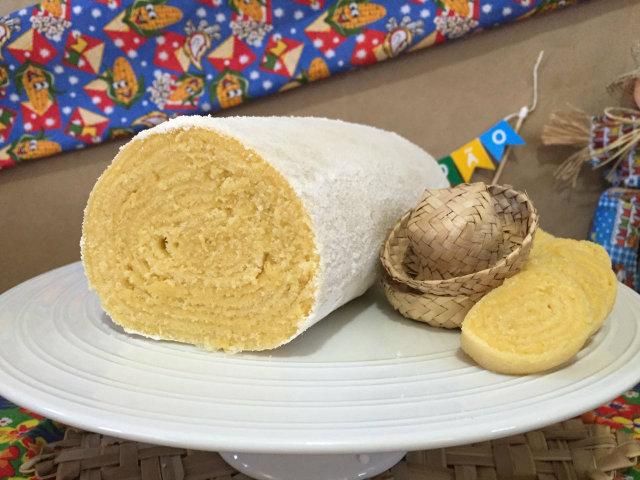 Bolo de rolo de milho, uma opção requintada e com sabor suave para compor a mesa junina, da Delícias da Juli. Foto: Divulgação