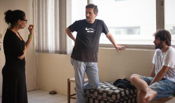 Sonia Braga, Kleber Mendonça Filho e Humberto Carrão em ensaio antes das filmagens no ano passado. Foto: Victor Jucá/ Divulgação (Foto: Victor Jucá/ Divulgação)