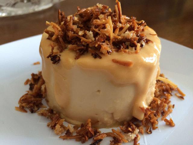 Pudim de doce de leite com coco queimado da marca Meu Pudim Gourmet. Foto: Arquivo Pessoal