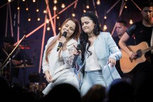 Maiara e Maraísa cantam a autonomia das mulheres em bares, festas, baladas. Foto: Divulgação