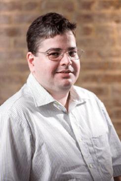 Fernando Dias é professor de Economia da UFPE. Foto: Tiago Lubambo/Divulgação