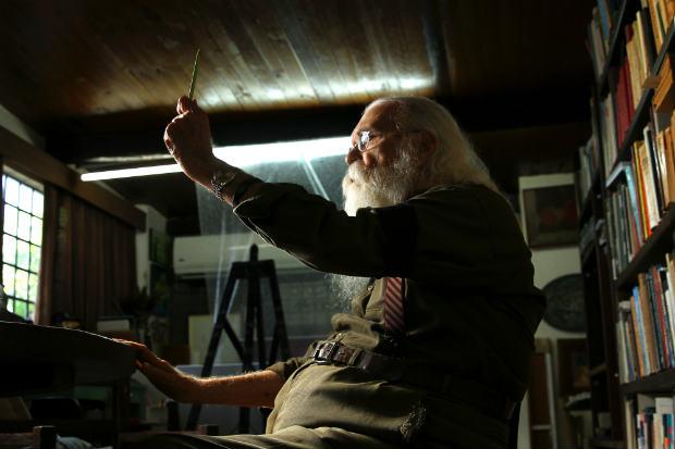 Francisco Brennand, 89 anos, em sua oficina no bairro da Várzea. Crédito: Paulo Paiva/D.P/D.A Press