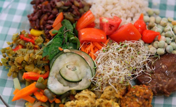 Receitas veganas são saborosas, nutricionalmente adequadas e atraem quem tem vontade de comer algo diferente. Foto: Nando Chiappetta/DP