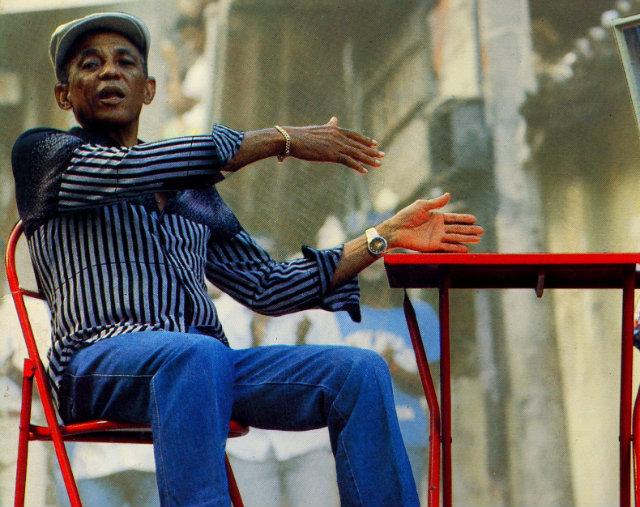 O pernambucano Bezerra da Silva deu voz a clássicos do samba de partido-alto e se popularizou nos anos 1980. Na imagem, a capa do disco Alô, Malandragem, Maloca o Flagrante. Foto: RCA Records/Divulgação