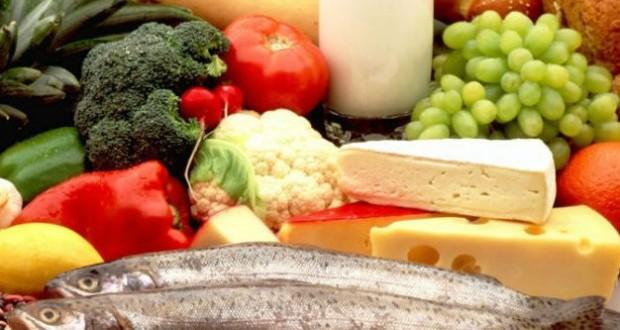 A vitamina B está presente no ovo, na banana, no atum, entre outros. Foto: Reprodução