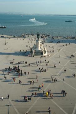 A Praça do Comércio, mais conhecida por Terreiro do Paço, é um dos pontos mais visitados de Lisboa (Paulo Goethe/DP)