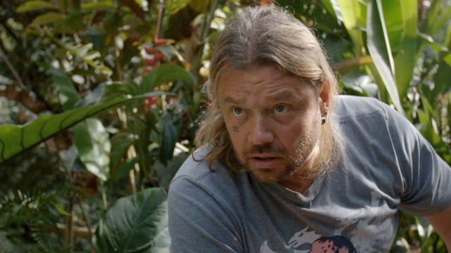 Richard Rasmussen em cena do filme A river below. Foto: A river below/Divulgação