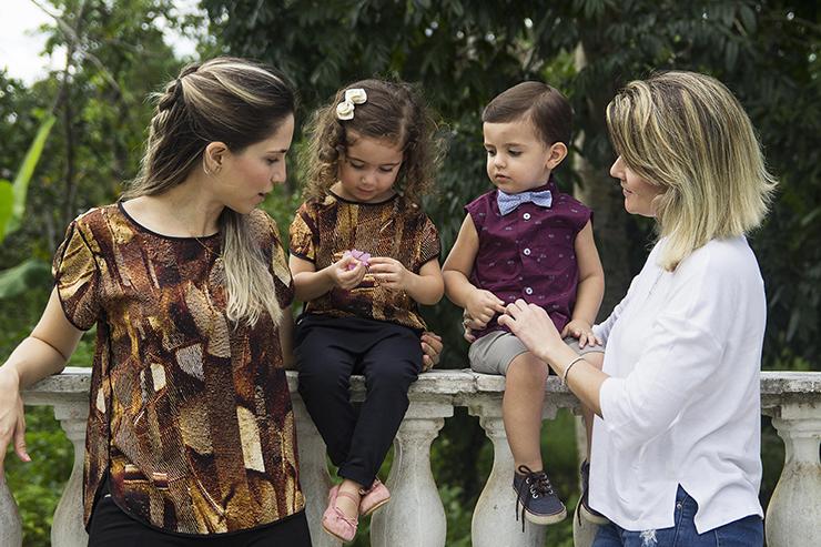 Nivia redescobriu a carreira como estilista após a chegada de Clara. Ela se uniu a Monique para criar roupas para meninos e meninas na Fenda Mini. Foto: Arquivo pessoal/Divulgação