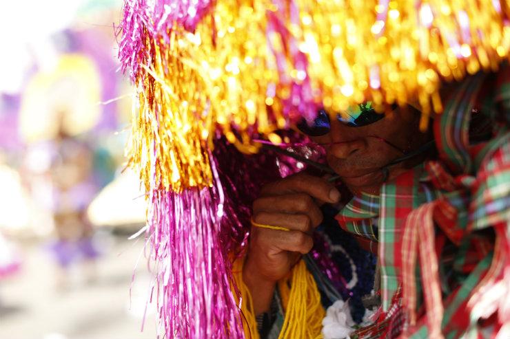 Indumentária dos maracatus pernambucanos é riqueza do mundo da moda. Foto: Rafael Martins/DP