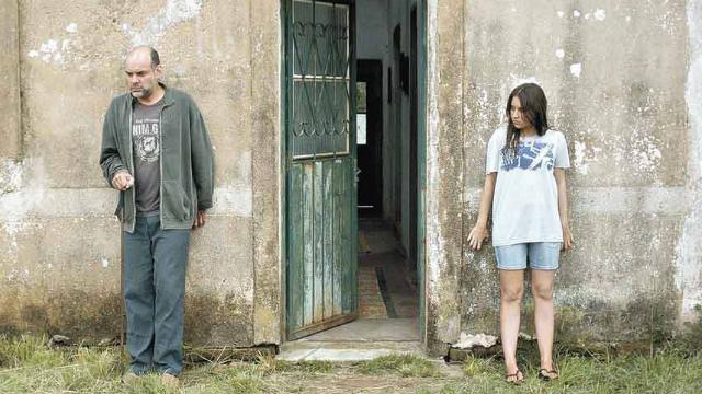 Marat Descarts e Maria Galant em cena do filme. Foto: Okna Producoes/Divulgação