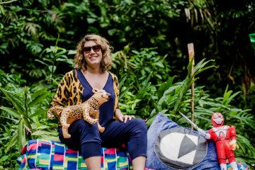 Carol, fundadora d'O Cluster, vê a moda e todos os segmentos de economia criativa como ferramentas de empoderamento feminino. Foto: Eduardo Magalhães/Divulgação