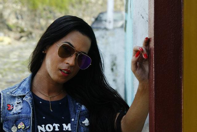 Aos 33 anos, a cantora radicada em Igarassu, começou a carreira como dançarina, assumindo os vocais em 2008. Foto: Shilton Araujo/Divulgação