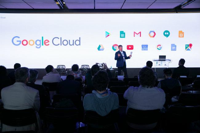 Joe Kava, vice-presidente global de data centers do Google, fala dos serviços beneficiados com o lançamento da nova região em São Paulo - Foto: Google/Divulgação