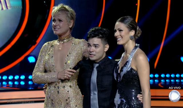 Ex-apresentador competiu ao lado da dançarina Bárbara Guerra. Foto: Record/Reprodução