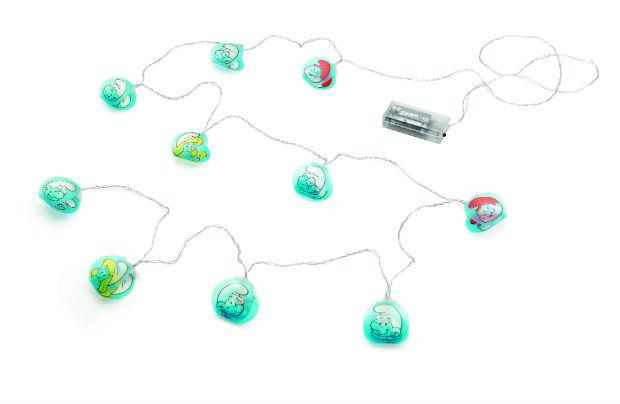 O cordão de luz Smurfs promete ser a sensação do momento. Foto: Ludi/Divulgação