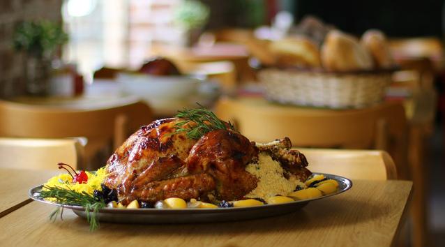 Na padaria PanJovem, pratos tradicionais da ceia natalina podem ser encomendados. Foto: Marlon Diego/Esp.DP