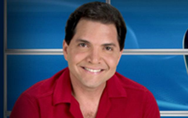 Aos 51 anos, Denny afirma que revelará mais detalhes sobre novo trabalho. Fotos: TV Tribuna/Reprodução