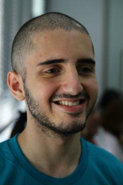João Victor Cavalcanti, 17 anos, foi aprovado no primeiro lugar geral, com maior nota em matemática. Foto: Julio Jacobina/DP (Foto: Julio Jacobina/DP)