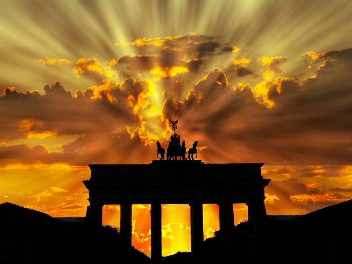 O Portão de Brandemburgo é um dos principais cartões postais de Berlim. Foto: Pixabay/Reprodução.