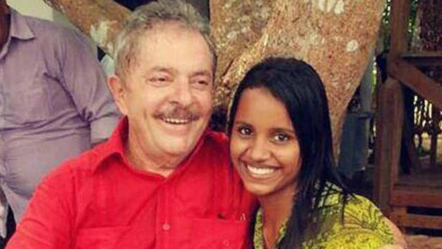 Internautas encontraram fotos da moça com o ex-presidente Lula. Foto: Instagram/Reprodução