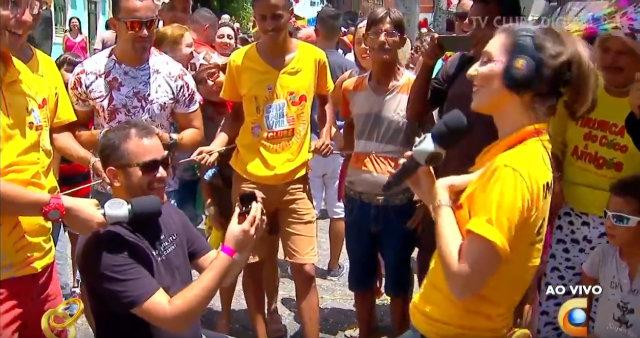 Renatta se surpreendeu com pedido. Foto: TV Clube/Reprodução