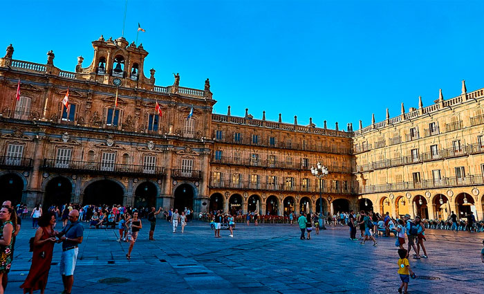 Plaza Mayor, um dos cartões postais de Madrid. Foto: Pixabay/Reprodução
