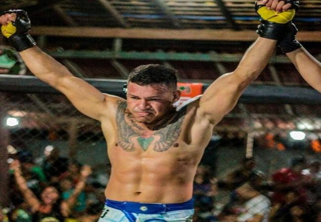 Lutador de MMA foi esfaqueado e morto com um tiro na ilha de Outeiro, em Belém - Foto: Reprodução / Facebook