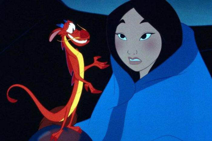 O dragão Mushu é outro personagem que também foi cortado do remake (foto: Divulgacao/Disney Channel)