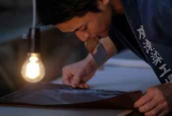 Alguns quimonos podem custar milhares de euros, o que desperta a busca pelo aluguel ou empréstimo das peças. Foto: Kazuhiro Nogi/AFP