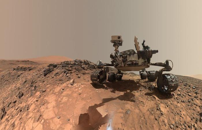 O veículo Curiosity explora a superfície de Marte. Foto: Divulgação/Nasa