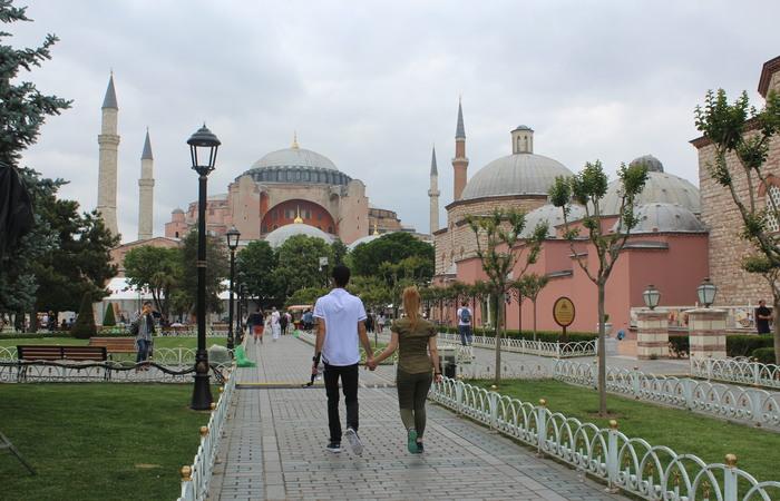 Entrada da Hagia Sophia (Alice de Souza/DP)