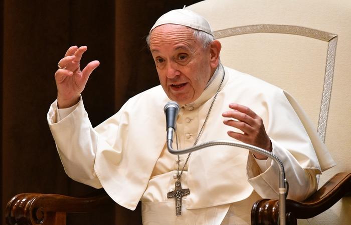Papa Francisco aceitou nesta segunda  a renúncia de 34 bispos chilenos feita em maio deste ano.  Foto: Vincenzo Pint/AFP