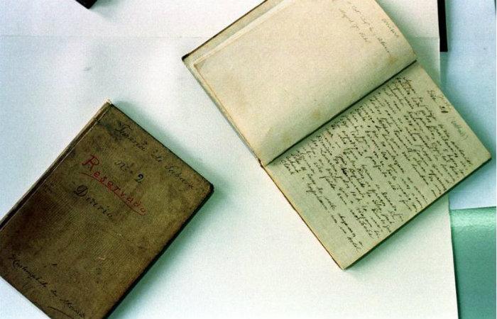 Cadernetas de anotações dos cientistas da Missão Cruls são conservadas pelo Arquivo Público do DF. Foto: Acácio Pinheiro/CB/D.A Press
