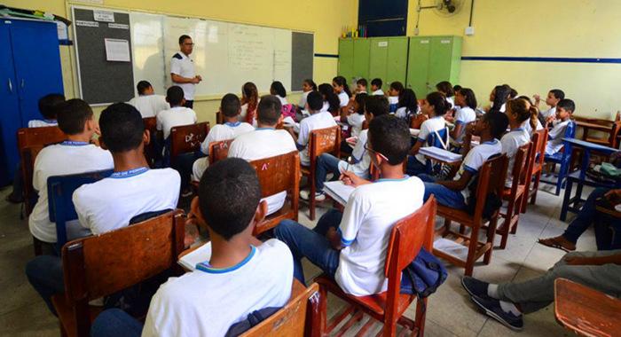 Secretarias receberão apoio técnico para elaboração, execução, monitoramento e avaliação do Plano de Implementação do Novo Ensino Médio. Foto: Arquivo/Agência Brasil
