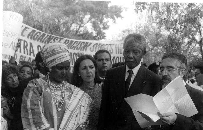 Nelson Mandela em visita à Universidade de Brasília em 1991. Foto: Arquivo/Universidade de Brasilia