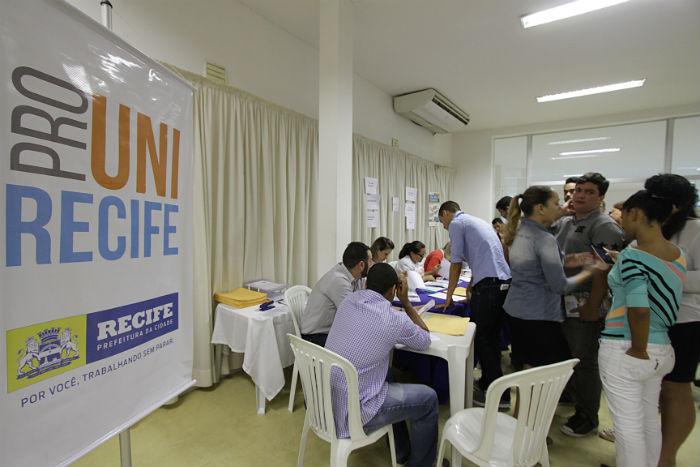 Implantado em 2015, o Prouni Recife tem hoje cerca de 1.080 alunos inscritos. Foto: Roberto Ramos/DP.