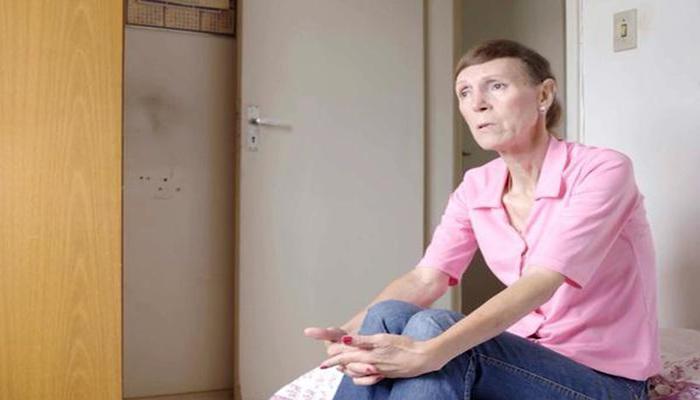 Eu existo. Eu sou militar da FAB. Eu sou transexual, clama a militar aposentada em cena. Foto: Reprodução/Vimeo