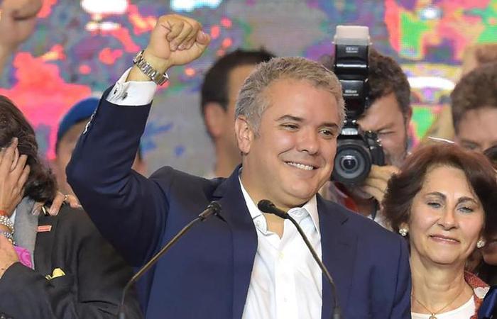 A maioria do congresso está representada pela direita, ligada ao novo presidente, Iván Duque (foto: Raul Arboleda/AFP)