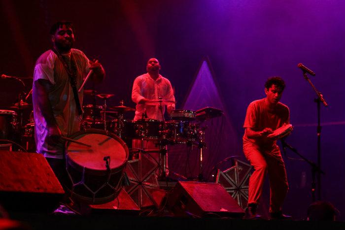 Cordel anima público na primeira noite de shows no Palco Mestre Dominguinhos. Foto: Fundarpe/Divulgação